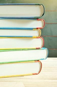 PRESTATION COMPENSATOIRE : frais de scolarité d'enfant né d'une union postérieure